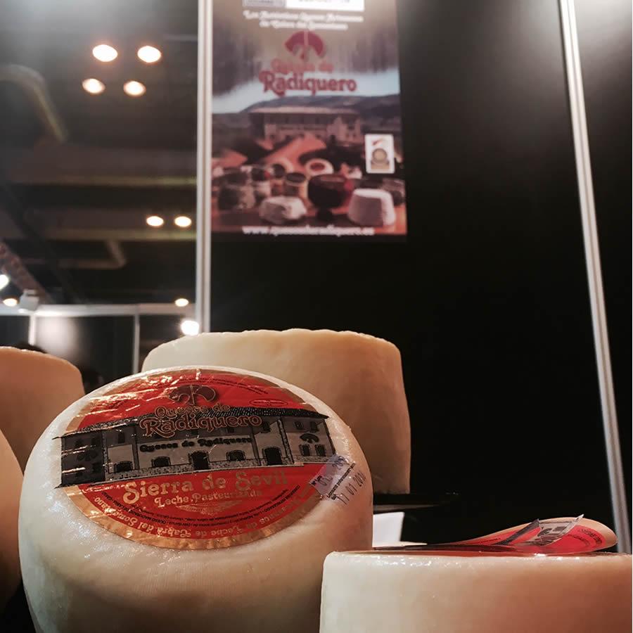 Queso freso en el Salon del Gourmet de Madrid
